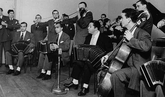 Anibal Troilo. Argentine Tango music at Escuela de Tango de Buenos Aires.