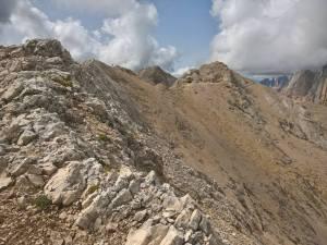 Ritorno per la cresta che porta alla Cima Ombreta De Mezzo