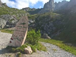Bivio per il Sentiero delle Marmotte