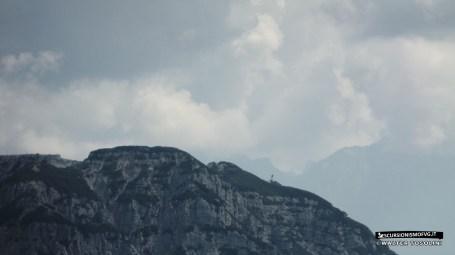 Skyline del Scinauz con teleferica che spunta.