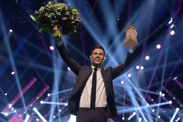 Robin Bengtsson winning Melodifestivalen 2017