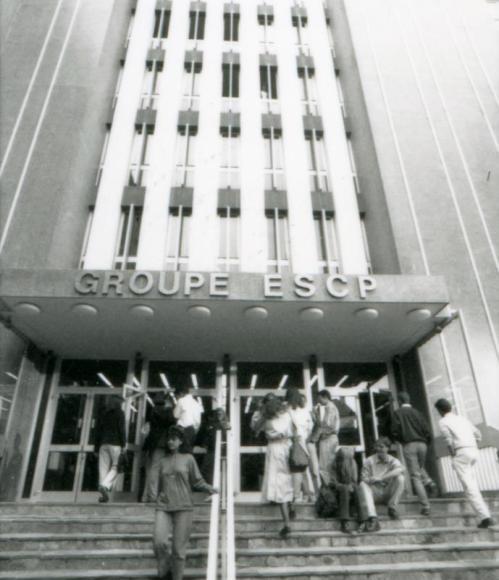 Edificio de ESCP Europe construido en los años 70