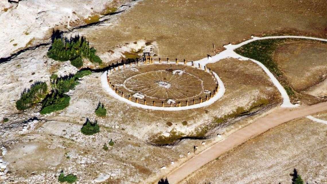 O mistério da montanha da cura em Bighorn.
