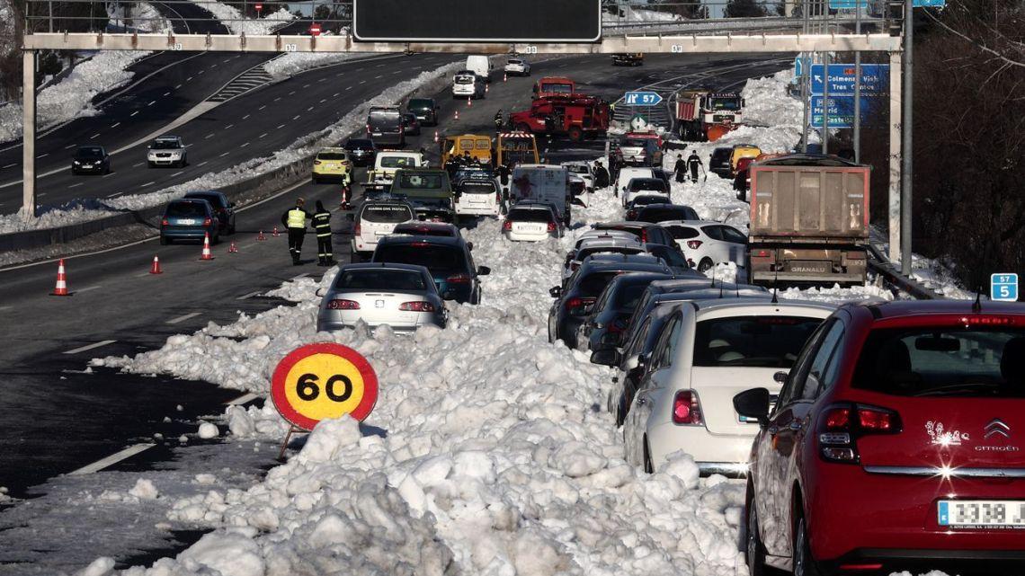 A Espanha ainda está se recuperando de sua pior tempestade de neve em 50 anos.