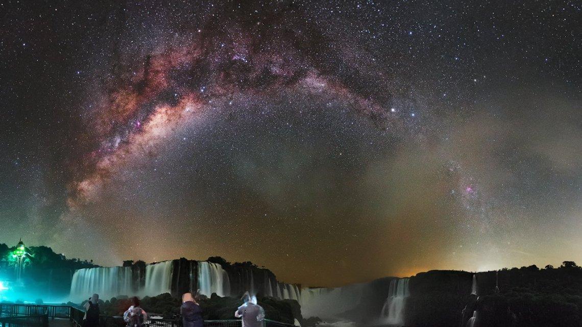Astrônomo tira fotos incríveis do céu nas Cataratas do Iguaçu.