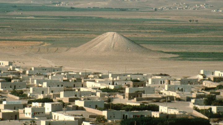 Monte em forma de pirâmide com 30 cadáveres pode ser o monumento de guerra mais antigo do mundo.