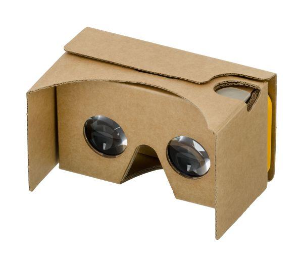 google-cardboard-exterior-Teresa-Alba