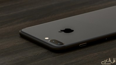 iPhone 7 render dark black