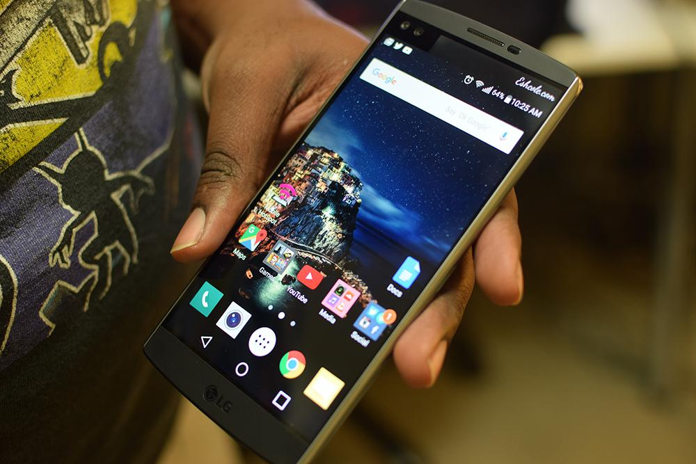 LG V10 Review – Best Phone of 2015?