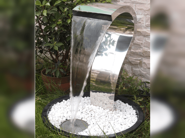 Stainless steel cascade water feature