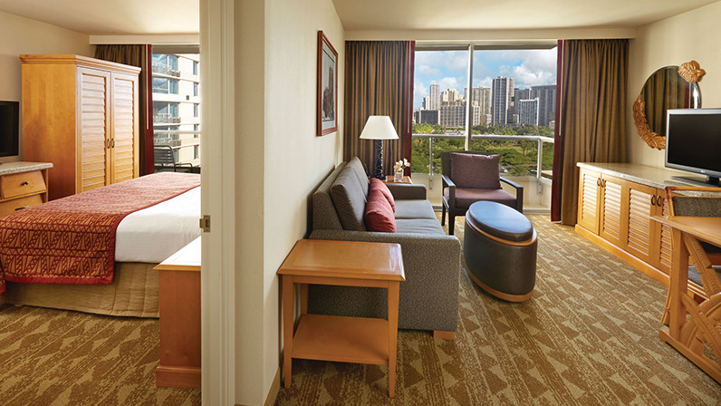oahu one & two bedroom suites | embassy suites waikiki beach walk