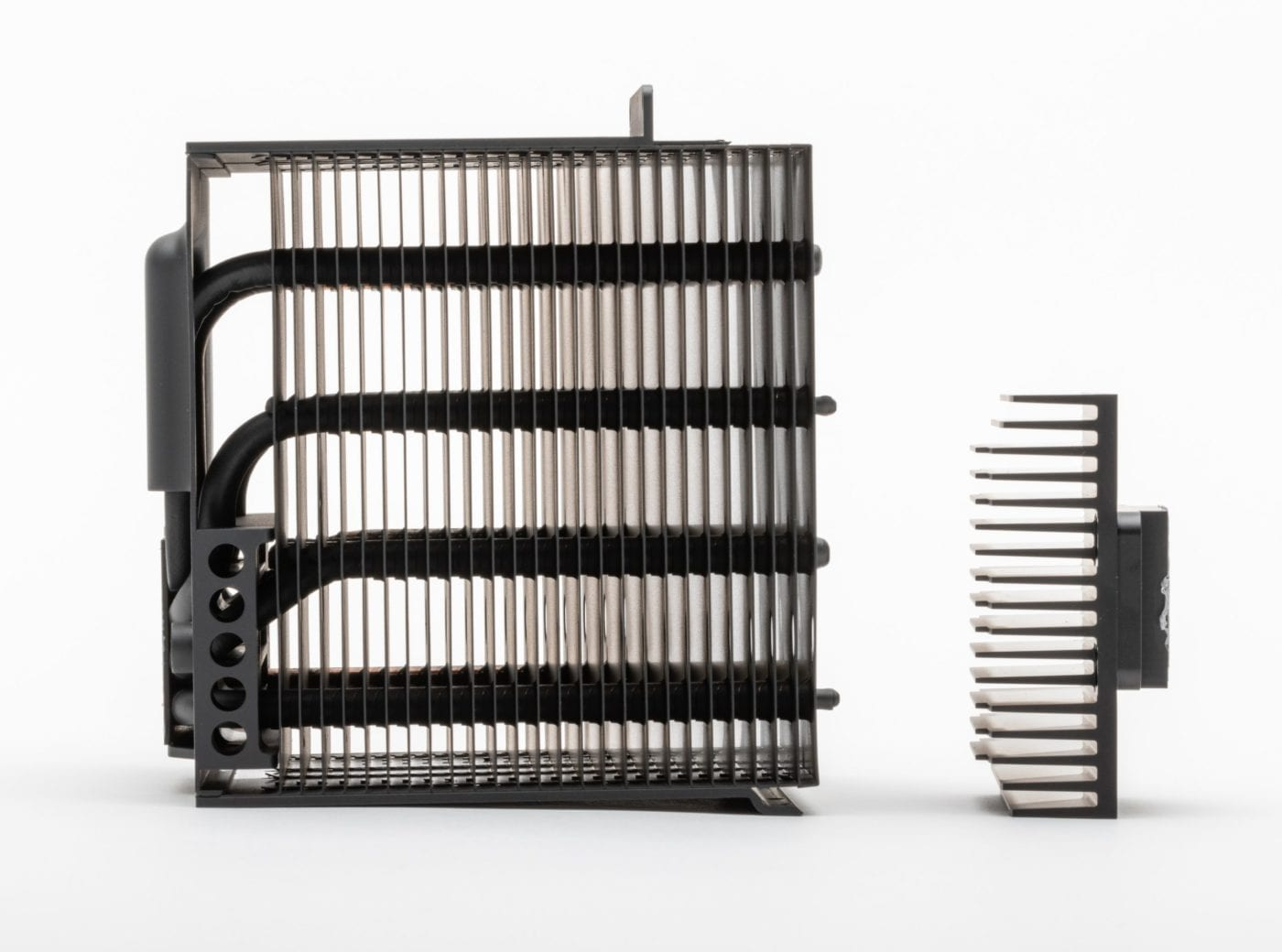 2019 Mac Pro – Side view of heatsinks showing airflow openings