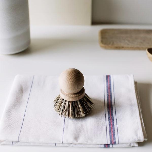brosse casserole en bois et fibre végétale, vegan, cuisine zéro déchet