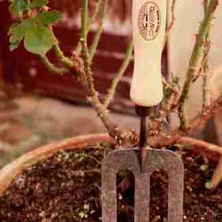 rateau de jardinage éco-responsable, ne casse pas facilement, fourche de jardin à main fabriqué en hollande en frêne et fer forgé – outils de jardin pour citadin