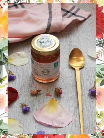 confit de fleur bio à base de fleurs comestibles de roses bio par l'herbier saint-Fiacre, à retrouver dans la box jardinage bio de l'échoppe végétale pour la fête des mères