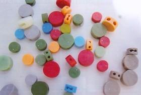 Plastové plomby gombíkové 13mm, 100 ks