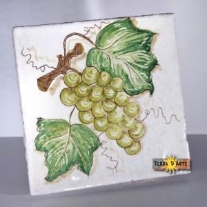 decoro-uva-verde-ceramica-siciliana-terradarte-15x15-terracotta