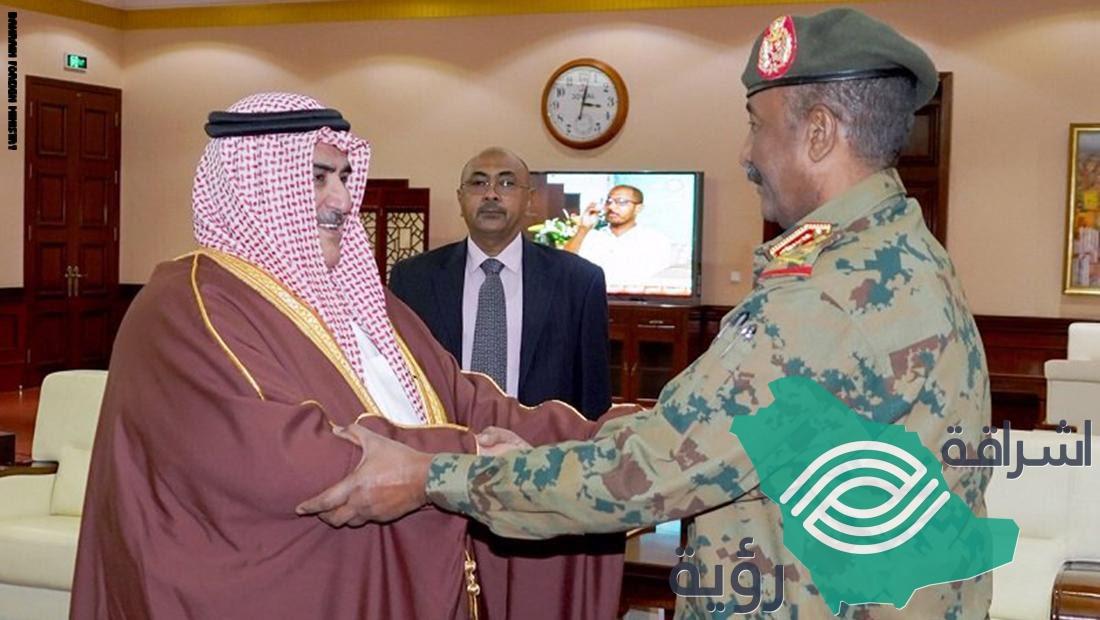 أول وزير خارجية عربي يلتقي البرهان بالسودان بعد الدعم المالي الذي قدمته السعودية والإمارات