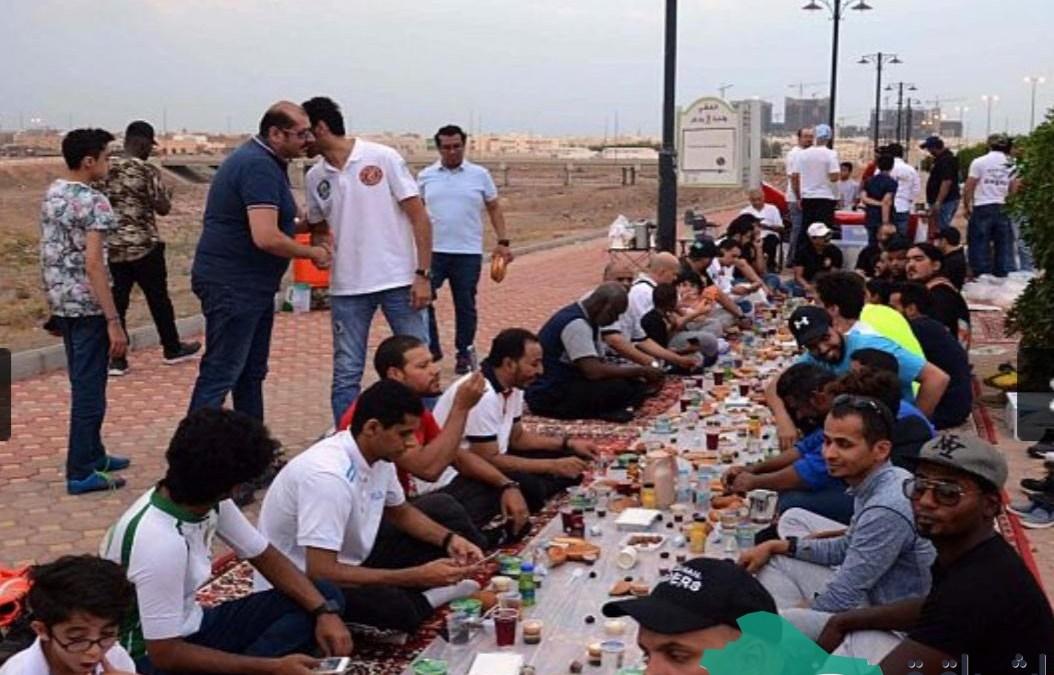 """نظم فريق """"هايكنج المدينة"""" حفل افطار رمضاني لأكثر من 200 رياضي مشارك للسنة الرابعة"""
