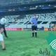 فيديو لمحمد صلاح ولاعبي ليفربول مع طفل مبتور القدمين يلقى إعجاب المغردين