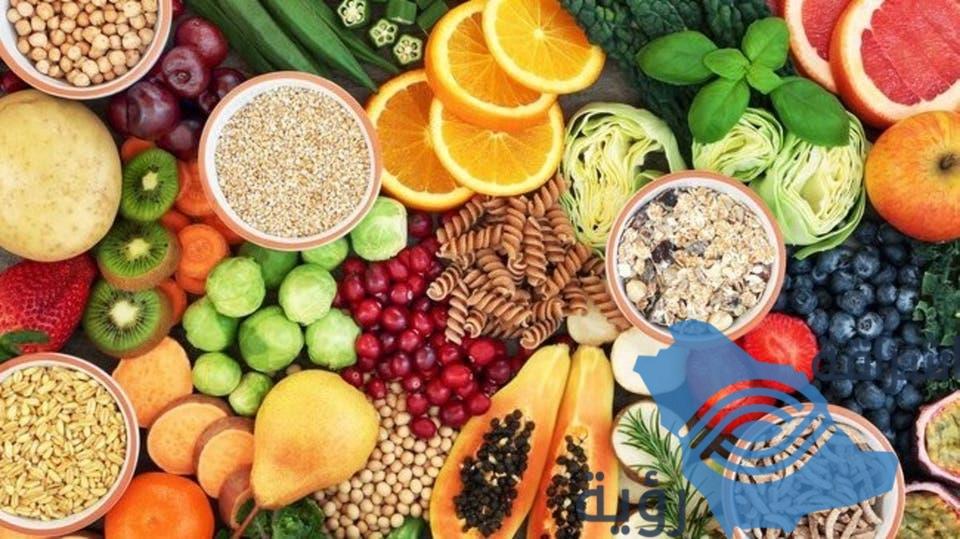 قائمة بـ14 عنصرا غذائياً لا غنى عنها مع التقدم في العمر