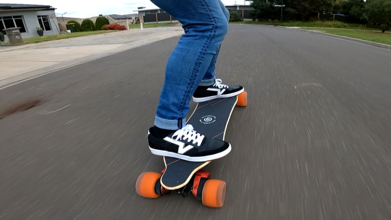 Riding Ownboard W2 Pro