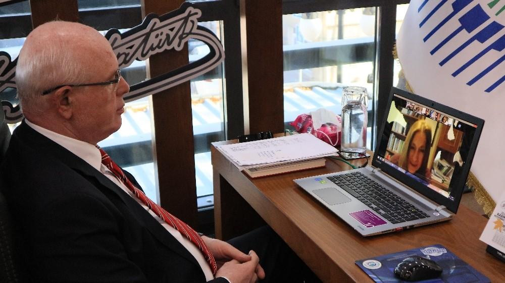 Başkan Kurt, Cinsiyet Eşitliği İzleme Derneği'nin toplantısına katıldı