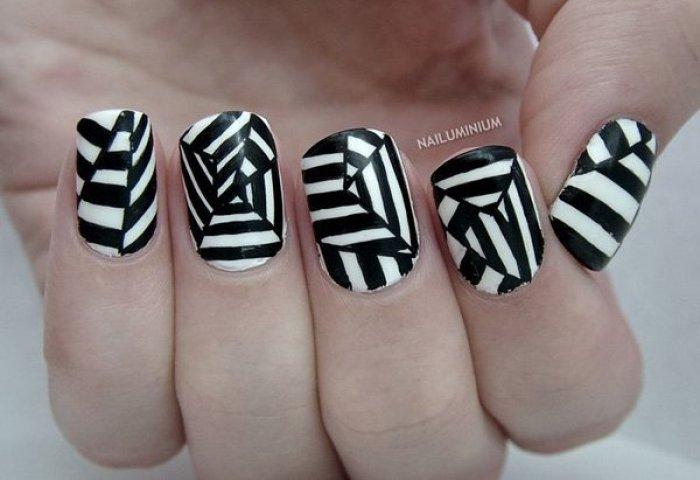 30 Diseños De Uñas En Blanco Y Negro Que Se Te Verían Increíbles