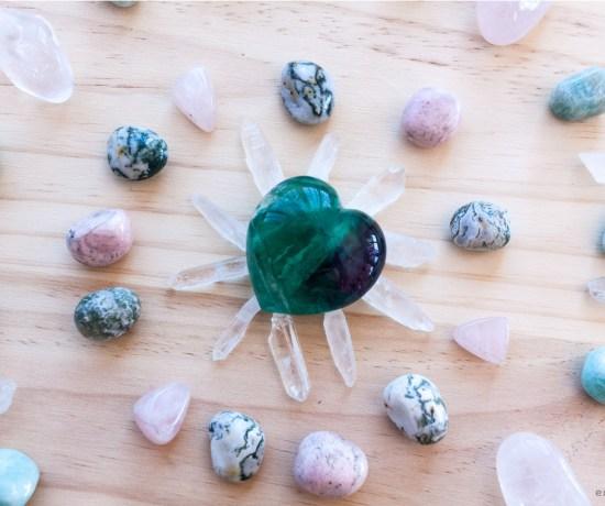 Cristaloterapia gemas piedras energeticas esmagic