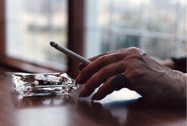 Incluso un cigarrillo al día duplica la mortalidad respecto a las no fumadoras