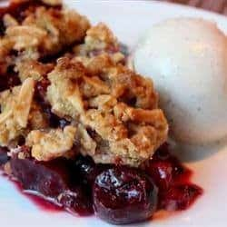 Cherry Pie with Almond Crumb Top 2