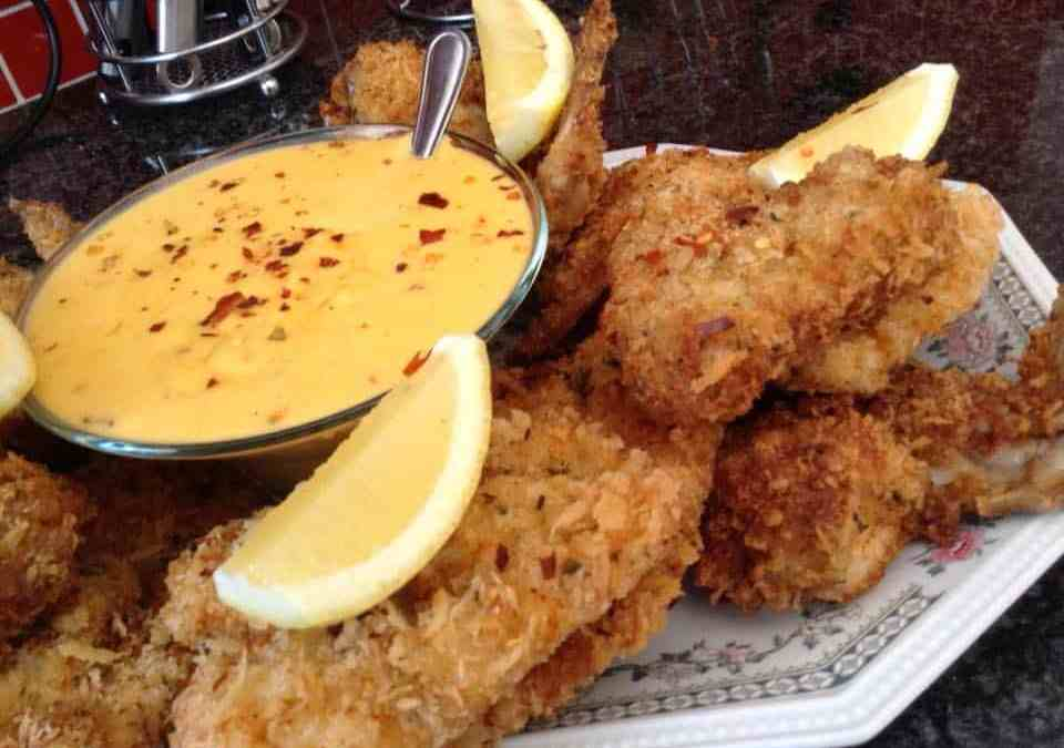 Spicy Panko crumbed Chicken wings with Chilli cheese Dip