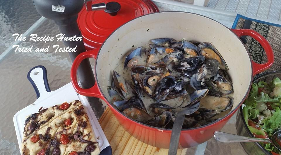 Mussels in cream & white wine