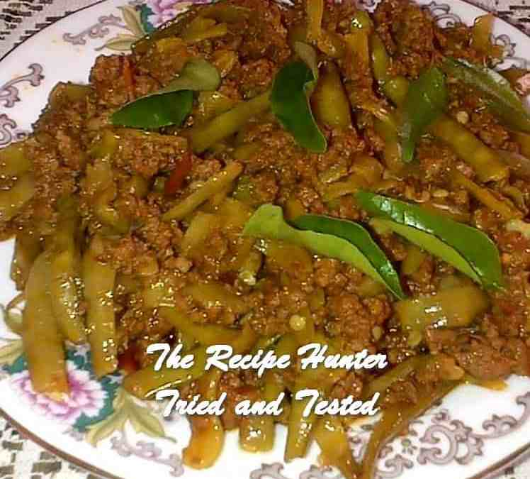 Thilleshni's Mince with Tiny Beans