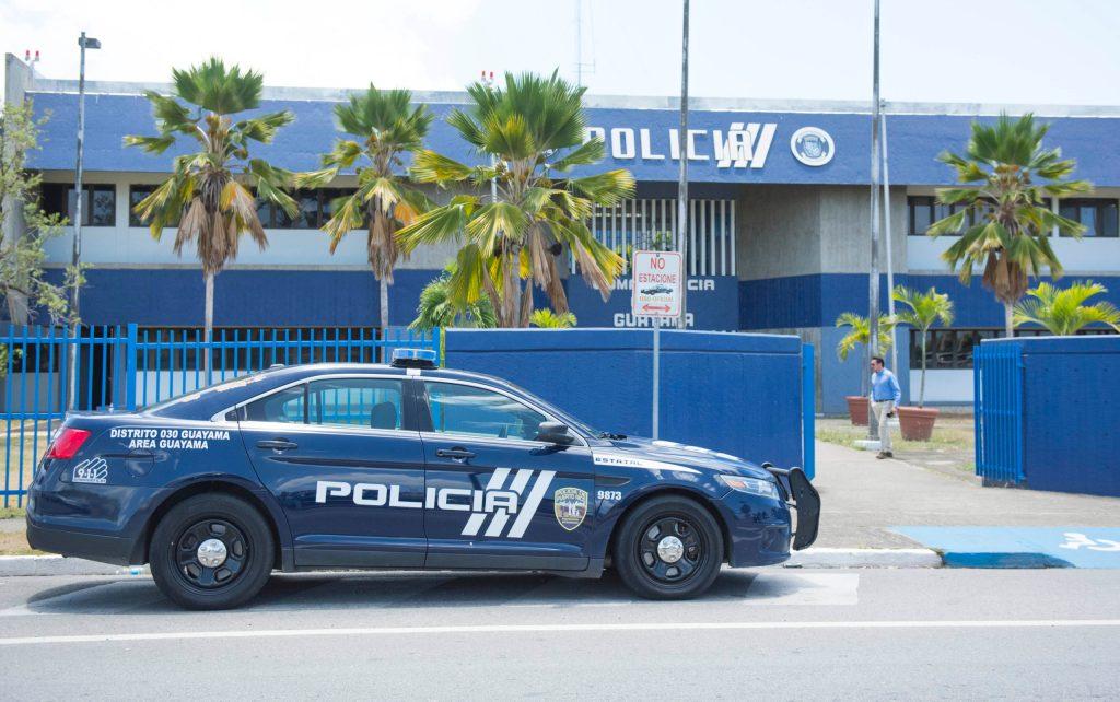policía, Guayama