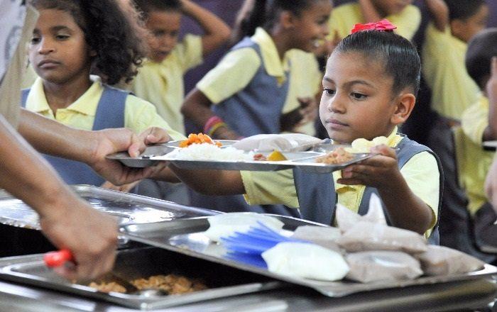Senado federal aprueba resolución que proveerá asistencia alimentaria a estudiantes
