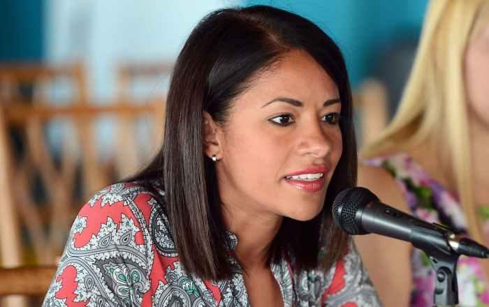 Salinas inaugura cuatro estaciones de 'open wi-fi' para sus estudiantes