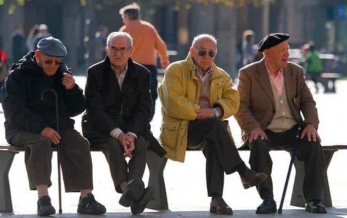 Gobierno desembolsa $10 millones del créditos para seniors y pensionados