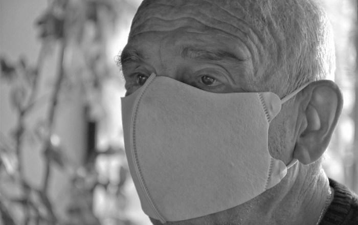 9 personas ligadas a un centro de envejecientes tienen COVID-19