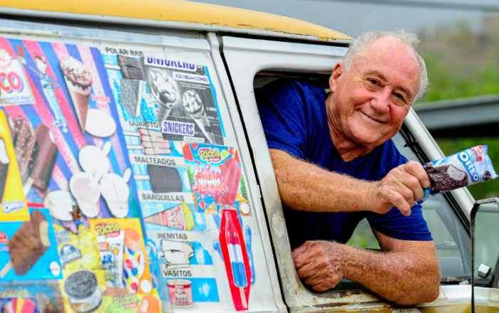 Don Benito vende helados hace 50 años