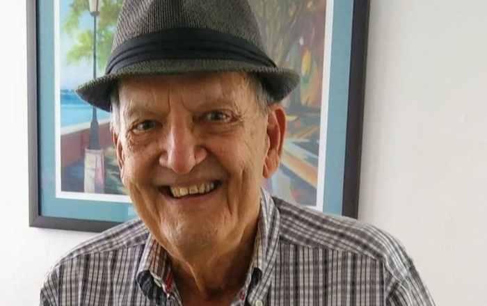 Muere el periodista Luis R. Varela