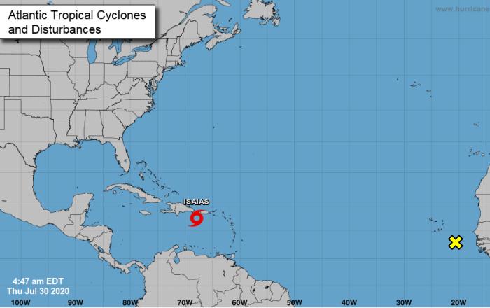 Isaías continúa dejando lluvias y ráfagas de vientos de hasta 60 mph