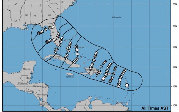 Con vientos de 45 millas por hora potencial ciclón 9