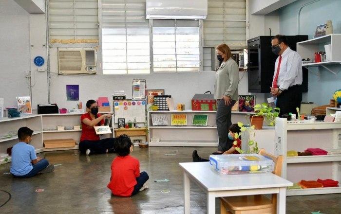 Secretaria de Educación celebra reapertura de escuelas