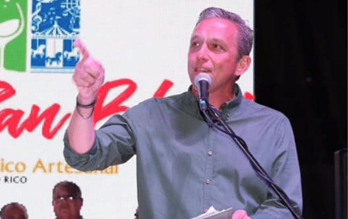 Alcalde advierte de riesgo de perder $4,000 millones en fondos de recuperación