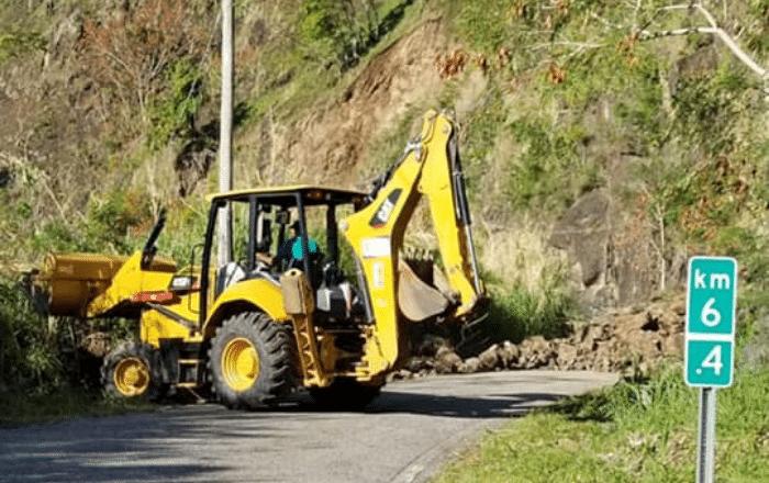 Alcalde de Peñuelas urge acción ante derrumbes de piedras