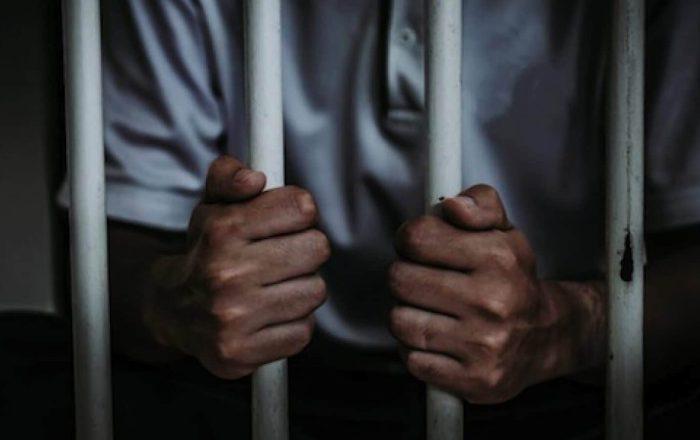 Encarcelan a joven que mató a sexagenario a puños