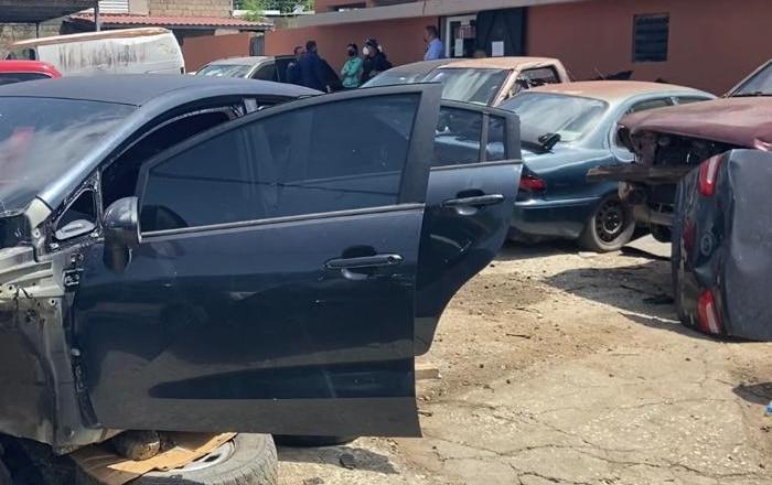 Policía arresta y ocupa piezas robadas en Junker de Guayama