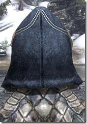Colovian-Fur-Hood-male-back