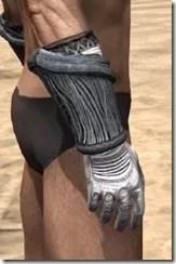 Hlaalu Iron Gauntlets - Male Right